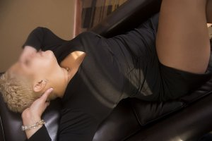 Ly-ann high end escorts in Oconomowoc