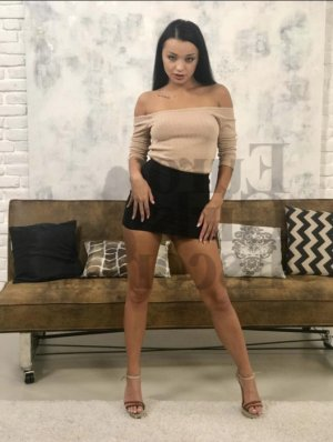 Wijdene rencontre escort Montesson