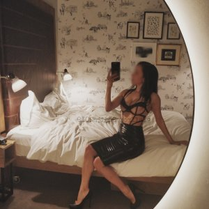Sillia china escort in Bissendorf, NI